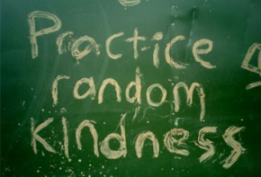 La gentilezza è una pratica in disuso – salvoeccezioni