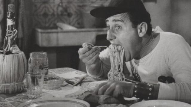 1331124-sordi-spaghetti
